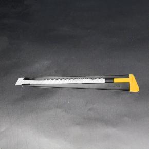 Olfa black 180 black snap off knife 1